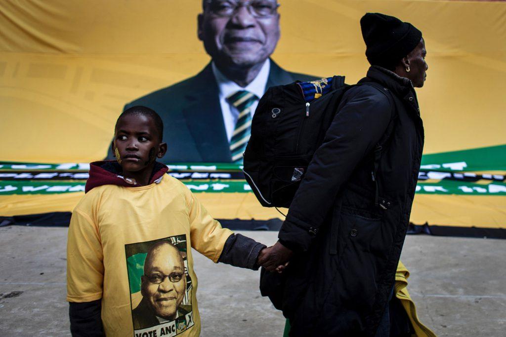 TOPSHOT-SAFRICA-POLITICS-VOTE-ANC-1